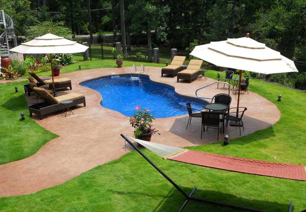 Bay Isle Pool at House Yard 2